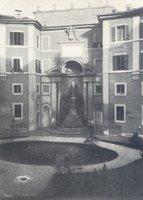 La fontana tornata in luce dopo la demolizione dell'aula Comotto