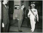 Il presidente della Camera dei Deputati Alessandro Pertini riceve il capo di Stato maggiore della Marina uscente ammiraglio Alessandro Michelagnoli