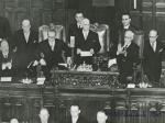 Giuramento del neoeletto Presidente della Repubblica Luigi Einaudi davanti           al Parlamento in seduta comune. 12 maggio 1948  ASCD, Archivi fotografici, Fondo del Cerimoniale.